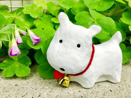 イヌの置き物 (by スティーヴ)