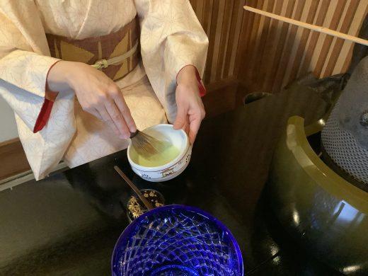 無農薬大和茶抹茶を面前でお点てします