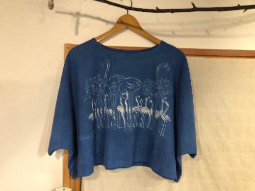 藍染めのフラミンゴの短丈チュニック